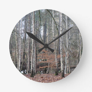 Delamereの森林沼地 ラウンド壁時計