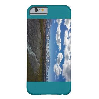 Denaliの国立公園の写真とのティール(緑がかった色)のiPhoneの場合 Barely There iPhone 6 ケース