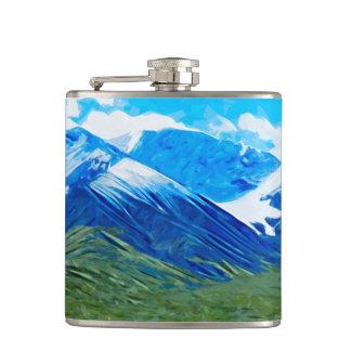 Denaliアラスカの抽象芸術の山そして空 フラスク