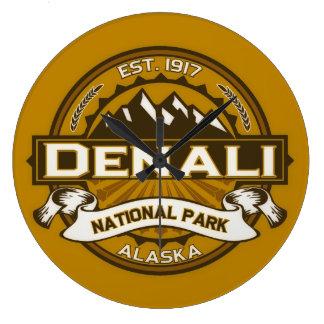Denali色のロゴ ラージ壁時計