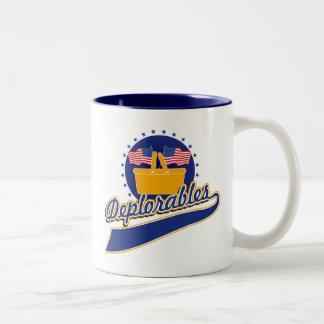 Deplorablesのチームロゴ ツートーンマグカップ