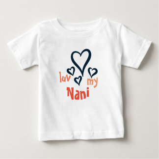 Desiの赤ん坊のTシャツ-私のNani 1をlove ベビーTシャツ