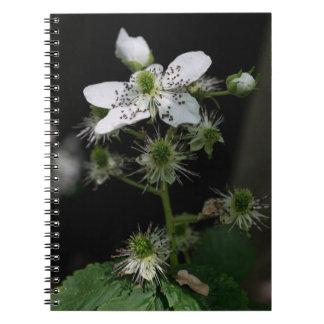 Dewberryの野生の花のノート ノートブック