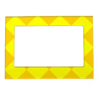 Diagは大きい-黄色および暗い黄色市松模様にしました マグネットフレーム