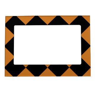 Diagは大きい-黒および黄土市松模様にしました マグネットフレーム