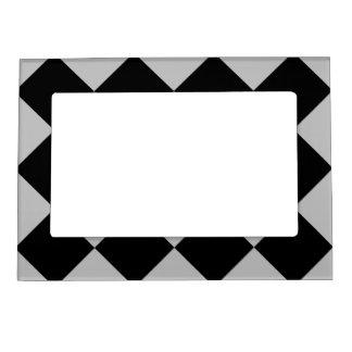 Diagは大きい-黒く、薄い灰色市松模様にしました マグネットフレーム