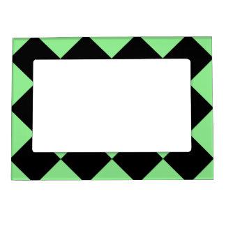 Diagは大きい-黒く、薄緑市松模様にしました マグネットフレーム