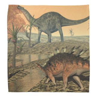 Dicaeosaurusおよびケントロサウルスの恐竜 バンダナ
