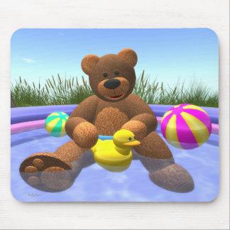 Dinkyくま: プールのおもしろい マウスパッド