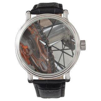 Dirt_Bike_Wheel、_Mens_Leather_Vintage_Watch. 腕時計