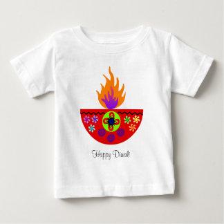 DiwaliカラフルなランプDiya ベビーTシャツ