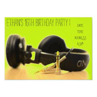 DJのファンキーでクールな10代の少年の誕生会 カード