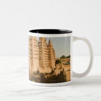 Djenneのモスク、クラシックな例の ツートーンマグカップ