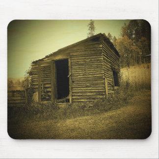 djoneillによる古い掘っ建て小屋 マウスパッド