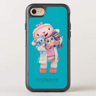 DOC McStuffins   Lambie -ここに与えられる抱擁 オッターボックスシンメトリーiPhone 8/7 ケース