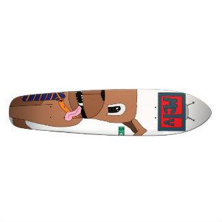 Doggoのスケートボード(ニッケル)のデッキ スケートボード