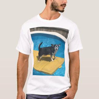 Doggo極度なサーファー Tシャツ