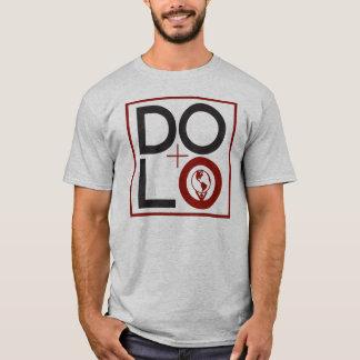 DOLO (箱) Tシャツ
