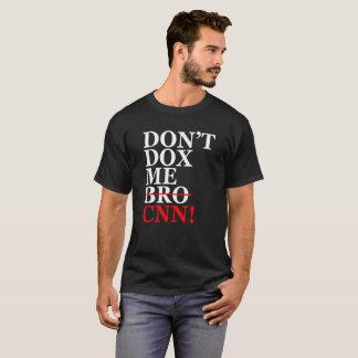 Doxは私CNN! -黒い人 Tシャツ