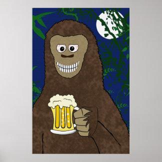 Drinkinビッグフットのプリント ポスター