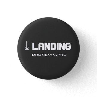 DRONE LANDING 缶バッジ