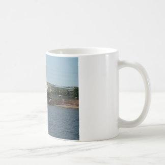 Dubuqueの川の歩行 コーヒーマグカップ