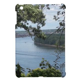Dubuque、ミシシッピー川のアイオワ市 iPad Miniケース