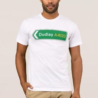 Dudleyのイギリスの交通標識 Tシャツ