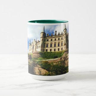Dunrobinの城のスコットランドのカスタムなコンボのマグ マグカップ