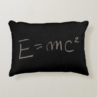 E=MC2 アクセントクッション