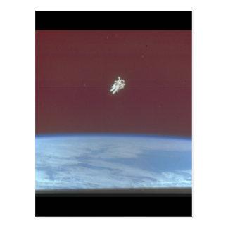 Earth_Space上の宇宙飛行士 ポストカード