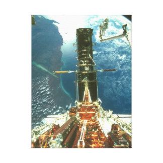 Earth_Space上のHST キャンバスプリント