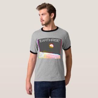"Earthrise ""Photoshop""のTシャツ Tシャツ"