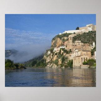 Ebro川(Ria Ebre); Templarの城;  早く ポスター