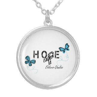 EDSの希望のシマウマのリボンの蝶ネックレス シルバープレートネックレス