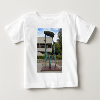 Eduardo Oropeza著La Familia I ベビーTシャツ