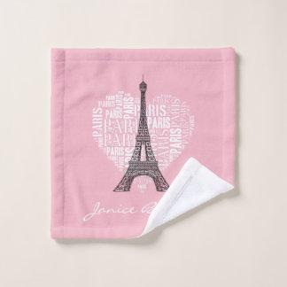 Eiffel Tower & Inscriptions Paris in Heart バスタオルセット