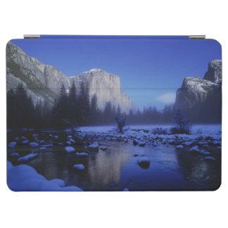 El Capitan山、ヨセミテ国立公園、 iPad Air カバー