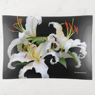 Elegant Casablanca White Oriental Lilies トリンケットトレー