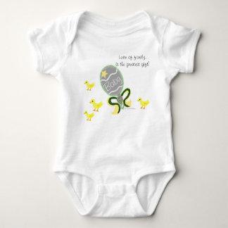 Elegant Green Yellow Baby Rattle Hospital Name ベビーボディスーツ