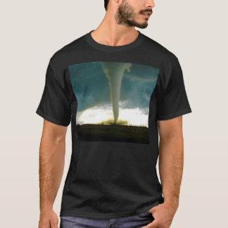 Elieマニトバに近づく部門F5のトルネード Tシャツ