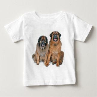 Elsa及びウェリントン ベビーTシャツ