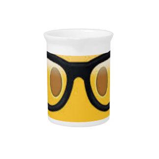 Emojiのオタク系のなスマイリーフェイス ピッチャー
