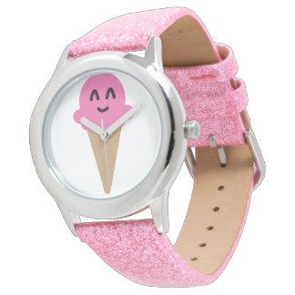 Emojiのピンクのアイスクリームのwach 腕時計