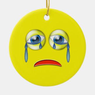 Emojiの黄色く悲しい名前をカスタムする セラミックオーナメント
