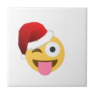 emojiをまばたきさせているクリスマスサンタクロース タイル