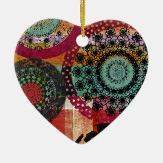 Emotion.TIFFの美しい 陶器製ハート型オーナメント