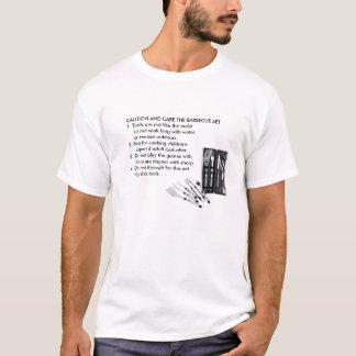 ENGRISH: バーベキューのシェフの警告 Tシャツ