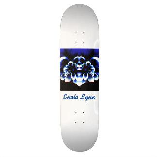 Enolaリンのデザイン スケートボード