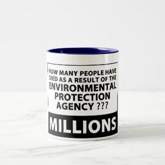 EPAは何百万を殺します ツートーンマグカップ